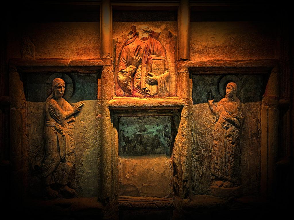 Blick in das heilige Grab in Gernrode